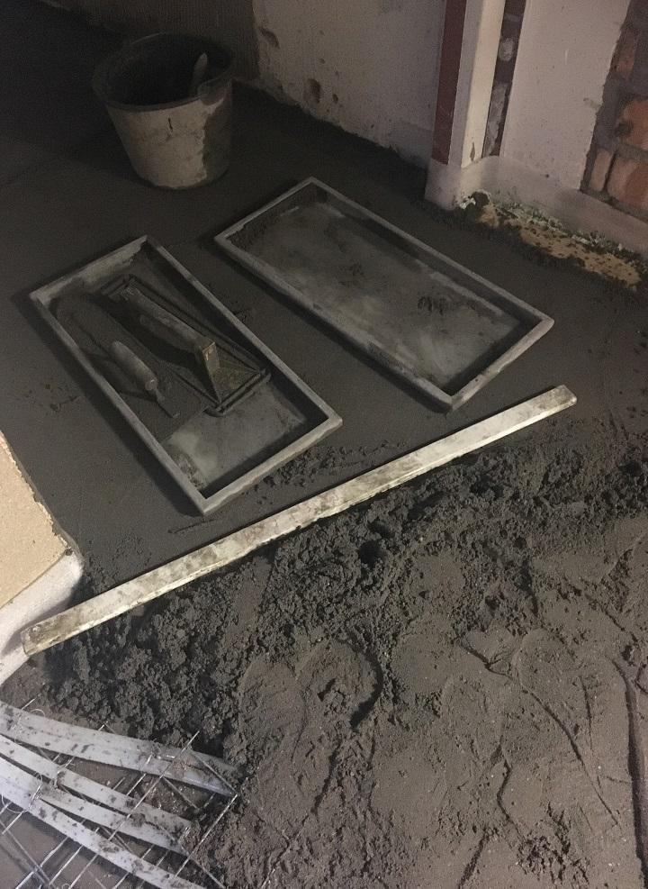 Materialen die een vloerenlegger nodig heeft voor de uitvoering van zijn werk